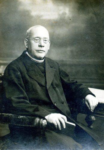 16 Pfarrer, Fotograf Hofmann Straubing