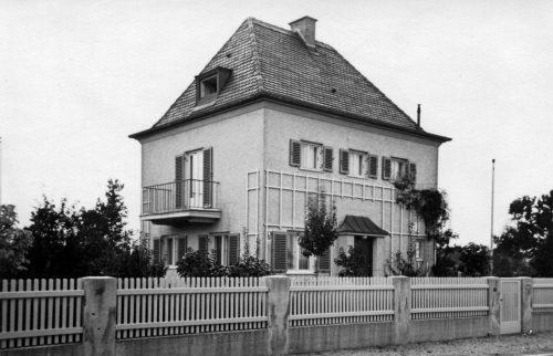 30 Wohnhaus